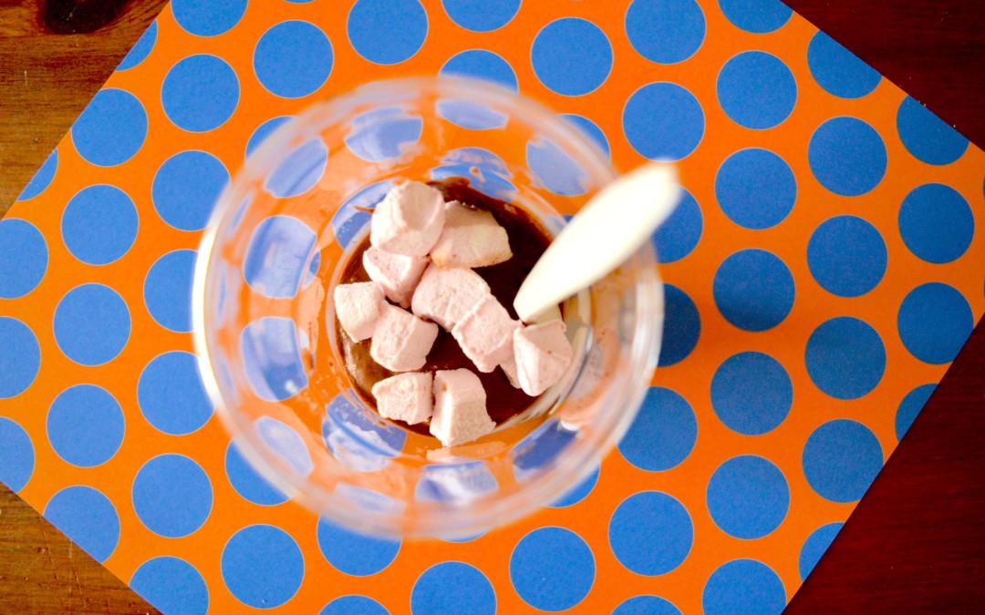 Mazo pavāru skoliņa : ātrā rudzu maize, granātābolu salāti, avokado – šokolādes muss