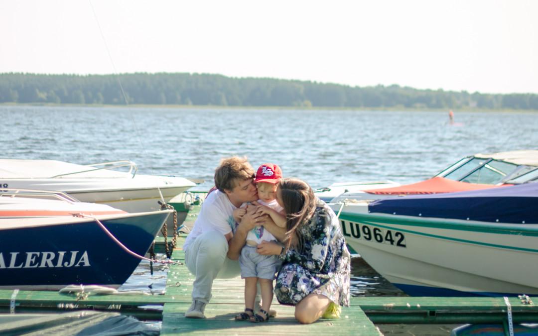 10 iemesli, kāpēc ir forši bērnus audzināt Latvijā