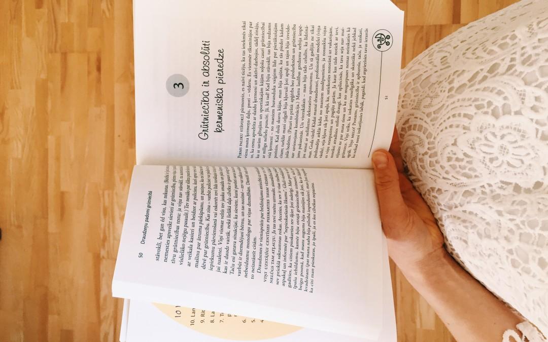 Grāmatas topošajiem un jaunajiem vecākiem