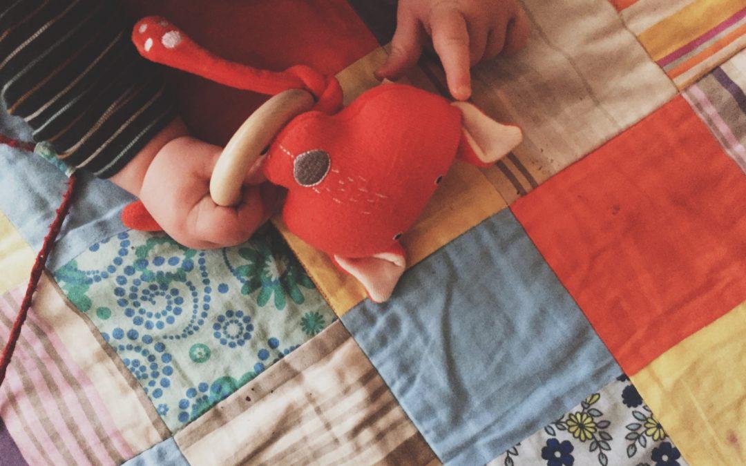 Mazuļa pirmās rotaļlietas