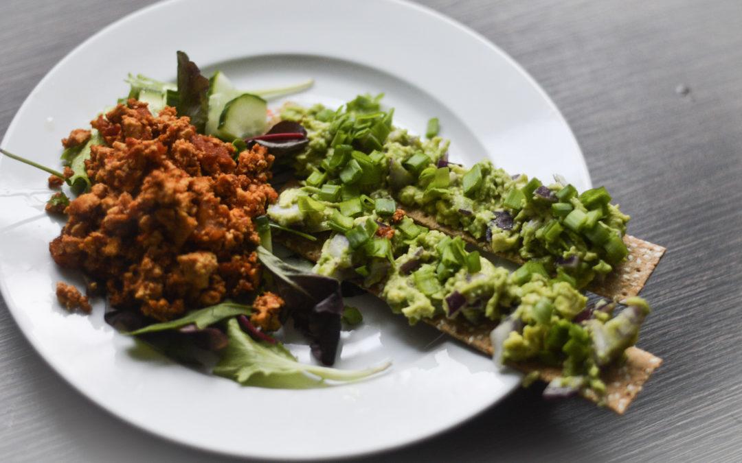 Veganuary : pikantais tofu kultenis ar piedevām