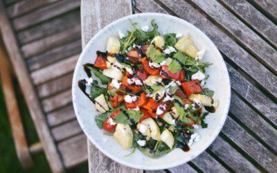 Siltie kabaču un paprikas salāti